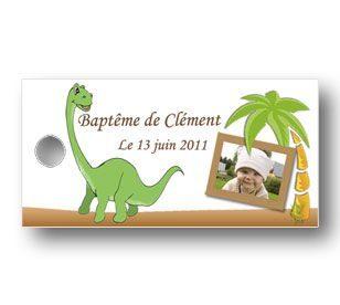 Etiquette-a-dragees-rectangulaire-bapteme-petit-dinosaure