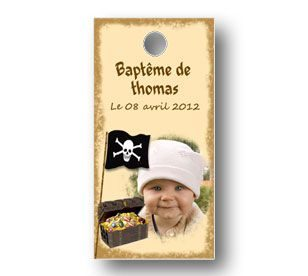 Etiquette-a-dragees-rectangulaire-bapteme-petit-pirate