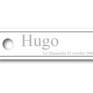 Etiquette-dragees-bapteme-personnalisable-simple-hugo