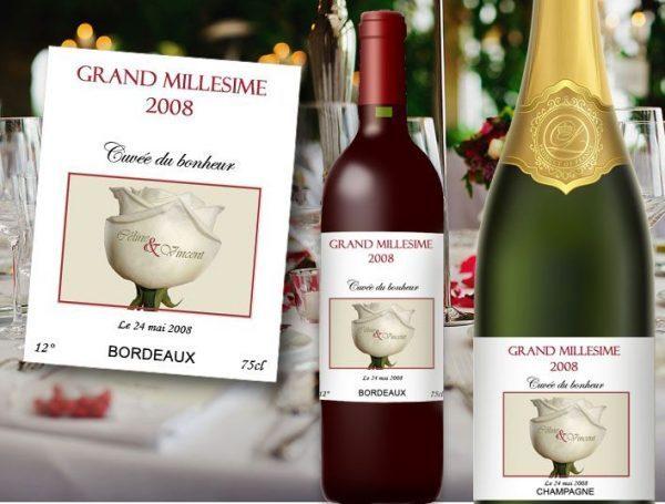 etiquette bouteille mariage vin et champagne illustrée d'une roses blanche avec les prénoms des mariés