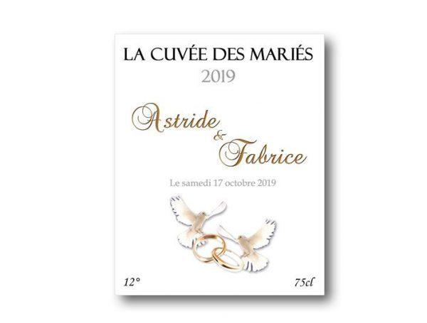 etiquette bouteille mariage à personnaliser illustrées de deux colombes