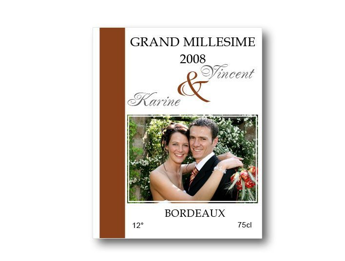 etiquette bouteille mariage providence illustrée avec la photo des mariés