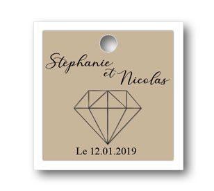 jolie étiquette dragées sur le thème diamant de forme carré de deux couleurs