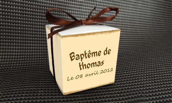 boite dragées baptême carre - dos de la boite personnalisée sur le thème pirate