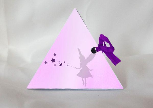 fee boite a dragees pour bapteme forme pyramide cote fee