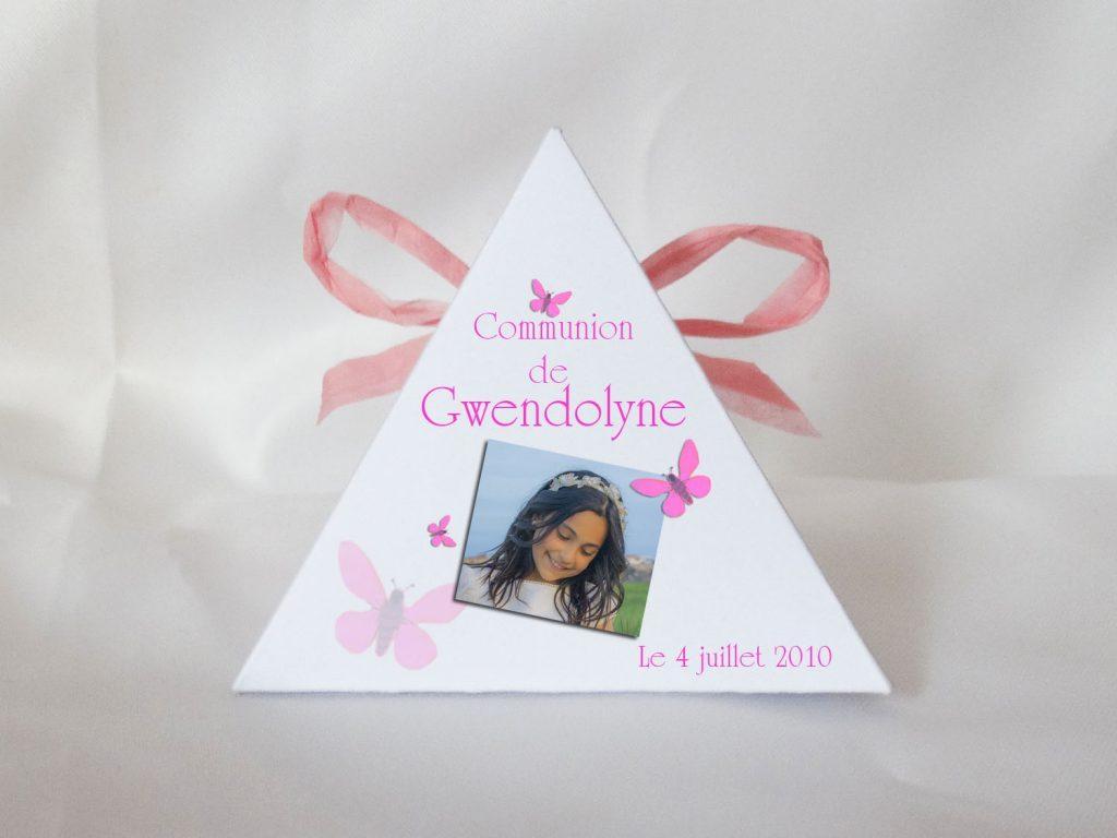 boite a dragees pyramide sur le theme papillons pour communion