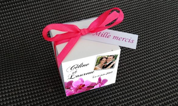 theme-flower-boite-dragees-carre-dessus
